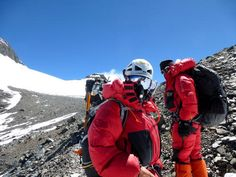 Article talking to Mike Moniz and Bob Berger about climbing Mt. Everest with International Mountain Guides