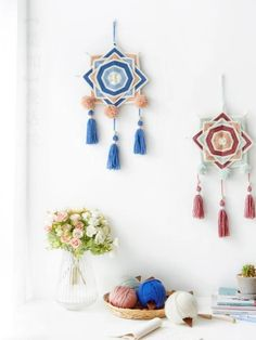 Pop Tab Crafts, String Crafts, Arts And Crafts, Macrame Patterns, Weaving Patterns, Pom Pom Crafts, Yarn Crafts, Hand Embroidery Flowers, Embroidery Patterns