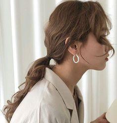 Korean Fashion – How to Dress up Korean Style – Designer Fashion Tips Blonde Hair Korean, Brown Blonde Hair, Black Hair, Brown Aesthetic, Korean Aesthetic, High Ponytails, Messy Hairstyles, Korean Hairstyles, Hair Inspo
