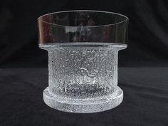 Designed by Timo Sarpaneva Big Vases, Tall Vases, Vase Centerpieces, Vases Decor, Farmhouse Vases, Art Of Glass, Clear Glass Vases, Pottery Vase, Glass Design