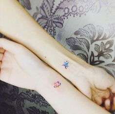 Matching star and heart tattoos by Suantsai