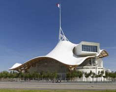 Built by Shigeru Ban Architects in Metz, France with date 2010. Images by Didier Boy De La Tour. My first thoughts when beginning the design were two recent phenomena concerning art museums throughout the world tod...