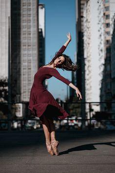 Street Ballet, Ballet Poses, Ballet Dancers, Dance Photography, Street Photography, Dance Photo Shoot, Dance Photoshoot Ideas, Burgundy Outfit, Little Girl Dancing