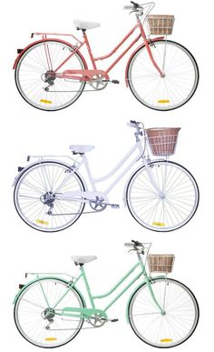 Number one way to be sustainable in Copenhagen! Oh how I would love a vintage style bike #dreamscometrueright?