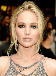 """Jennifer Lawrence Says Trump's To Blame For The Hurricanes: It's Just """"Mother Nature's Rage & Wrath"""" http://r29.co/2f9cWlw"""