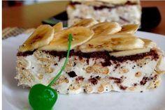 Sour cream cake from cracker