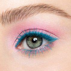 Urban Decay Tropfen Dual Ended Colorful Mascara Collection blau Wimperntusche rosa Lidschatten Pink Eye Makeup, Cute Makeup, Eyeshadow Makeup, Makeup Looks, Yellow Eyeshadow, Makeup Brushes, Maybelline Eyeshadow, Lipstick Dupes, Makeup Trends
