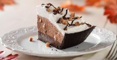 Fudge Bottom Candy Crunch Pie Recipe | http://aol.it/1lhJMjZ
