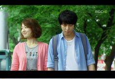 Park Shin Hye happy w/ Jung Yong Hwa . :D Jung Yong Hwa, Park Shin Hye, Heartstrings, Cnblue, Korean Dramas, Kdrama, Musicals, Romance, Celebs