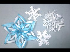 This video shows an instruction on how to fold an origami Christmas wreath. This is an origami poinsettia Christmas wreath. ■you will need Origami or wrappin. Christmas Origami, Diy Christmas Tree, Christmas Wreaths, Xmas, Origami Art, Paper Decorations, Poinsettia, Four Seasons, Three Dimensional