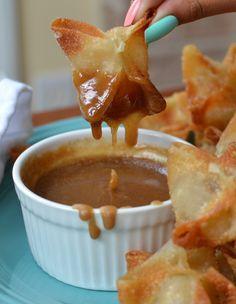 Apple Wontons with Caramel Dipping Sauce | Small Town Woman