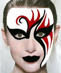 Google Image Result for http://kingtattoo.neuvodigital.com/wp-content/uploads/2011/01/Face-Painting-2.jpg