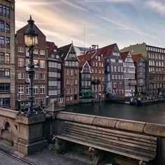 Hamburg, Germany. Image by ✨@eskimo✨    Tags: #hamburgliebe #wirsindhamburg #geheimtipphamburg #meinhamburg #visithamburg #explorehamburg #hamburgmeineperle #hamburgahoi #gutenmorgen #livethelittlethings #thatsdarling #hamburg