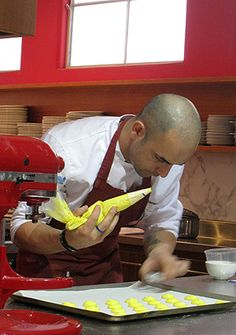 How to make macarons ~ a workshop with Adriano Zumbo *