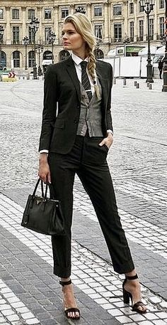 22531cd546cf 93 Best Women in suits images in 2019 | Pant suits, Tomboy fashion ...