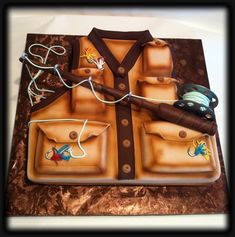 Fly Fishing Vest Cake  http://customcakesbysusan.com