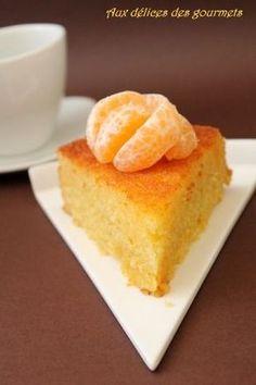 Puisque c'est la saison des oranges et mandarines on en profite pour réaliser des gâteaux et desserts. Voici un gâteau parfumé et...