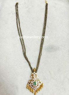 black-beads-mangalsutra-chain-diamond-pendant.jpg (528×728)