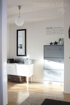 Love the light in this room - repinned from Esmeralda's blog