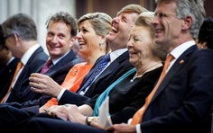 MYROYALS  FASHİON: Queen Máxima, King Willem-Alexander and Princess Beatrix attended the ''Appeltjes van Oranje 2013'' award ceremony in Amsterdam, May 16, 2013