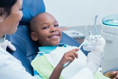 ASHAsphere: Dental Distress-Helping Children with Autism Successfully Navigate a Trip to the Dentist. Pinned by SOS Inc. Resources. Follow all our boards at pinterest.com/sostherapy/ for therapy resources.