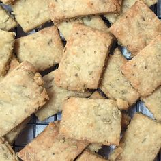 I like making crackers. They are fast and fun and, with the right ingredients, oh so tasty! My little granddaughter was coming over for a few hours the other day and since she loves nothing more th…