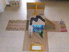 Cardboard Highway/ Αυτοκινητόδρομος από χαρτόνι