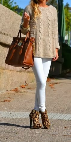 Sweater With White Jeans and Leopard Heels