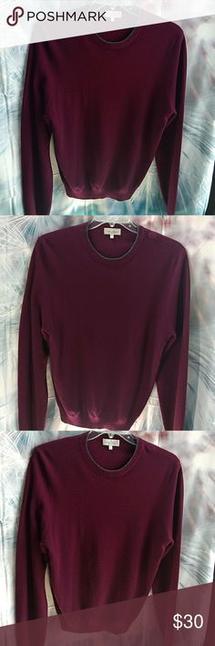 Neiman Marcus Cashmere Very good condition, is pre-owned. Beautiful rich maroon color, so soft and comfortable. Neiman Marcus quality! Neiman Marcus Sweaters Crewneck