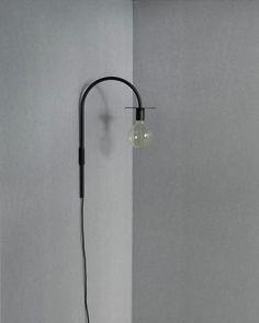La Lampe Vägglampa | Friends & Founders | Länna Möbler | Handla online