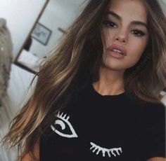 Find images and videos about selena gomez and brunette on We Heart It - the app to get lost in what you love. Selena Gomez Fashion, Selena Gomez Outfits, Selena Gomez Fotos, Selena Gomez Style, Selena Gomez Makeup, Selena Selena, Selena Gomez Long Hair, Pretty Blonde Girls, Tumbrl Girls