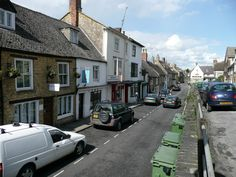 Cotswolds:  Chipping Norton:  The quintessential Cotwolds market town, Chipping Norton still runs as it has done since the 13th century. Unlike some of its peers it remains a 'real' town rather just a tourist trap.