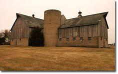 Old Iowa Barn for reclaimed barn wood