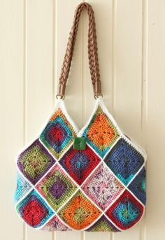 How to make a squares bag - crochet with fabric lining.  Tutorial.