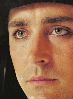 Lee Pace as The Masked Bandit in Tarsem Singh's The Fall (2006)....the eyes on this boy!!! good lord!