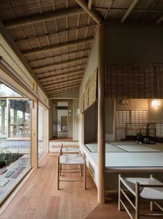 Gallery of A House with a Ryūrei Style Tea Room / Takashi Okuno & Associates – 9 – inredning - architecture house Japanese Modern House, Traditional Japanese House, Japanese Interior Design, Japanese Homes, Architecture Du Japon, Interior Architecture, Futuristic Architecture, Sustainable Architecture, Residential Architecture