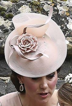 Jane Taylor dusty pink hat