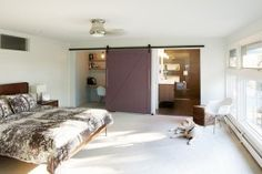 25 Bedrooms that Showcase the Rustic Charm of Sliding Barn Doors