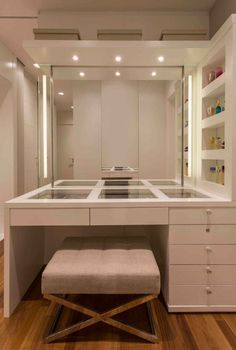 Home Design Decor, Home Room Design, Home Interior Design, Bedroom Closet Design, Room Ideas Bedroom, Bedroom Decor, Dressing Room Closet, Dressing Room Design, Beauty Room Decor