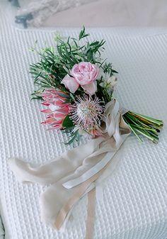 KayCreations Wedding flowers & Wedding Rentals in Greece Wedding Rentals, Table Plans, Wedding Flowers, Creative, Pretty, Wedding Suit Rental, Plan De Tables, Bridal Flowers