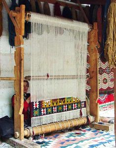 Handwoven rugs made by Anne Churches. The floor rugs are made from wool and linen on a large loom. The loom uses shaft switching levers to develop Anne's original designs. Rug Loom, Loom Weaving, Hand Weaving, Weaving Textiles, Tapestry Weaving, Do It Yourself Baby, Navajo Weaving, Weaving Projects, Weaving Techniques