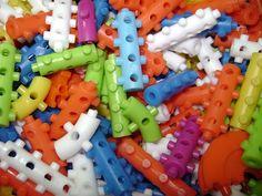 Era por esses e outros brinquedos que o povo da minha geração foi criativo :)