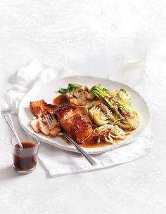 Salmon With Miso Glaze & Mushrooms | MiNDFOOD