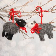 Set of Two Grey Black White Wool Needle Felted Christmas Sheep Sculpture Decor Christmas Tree Valentines Day Present Decoration Red Bow