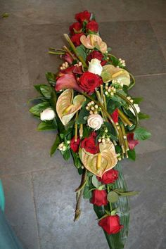 . Wedding Car Decorations, Grave Decorations, Flower Decorations, Deco Floral, Arte Floral, Floral Design, Funeral Flower Arrangements, Funeral Flowers, Funeral Tributes