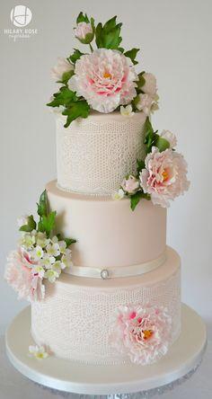 Round Wedding Cakes - Peony and Lace