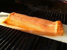 Salmone alla griglia marinato nello sciroppo d'acero