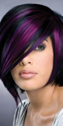 Black and purple hair The 30 Hottest Short Hair Color Trends for 2013 [Photo Gallery] Short Hair Cuts, Short Hair Styles, Pixie Cuts, Hair Photo, Great Hair, Awesome Hair, Hair Today, Pretty Hairstyles, Bob Hairstyles