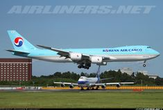 Korean Air Cargo HL7610 Boeing 747-8HTF/SCD aircraft picture Korean Air, Cargo Aircraft, Aircraft Pictures, Boeing 747, Vintage Posters, Airplanes, Commercial, Entertainment, Queen