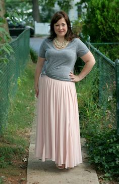 Gray and pink: Old Navy gray tee with @Ann Flanigan Flanigan Taylor maxi skirt and Stella and Dot jewelry